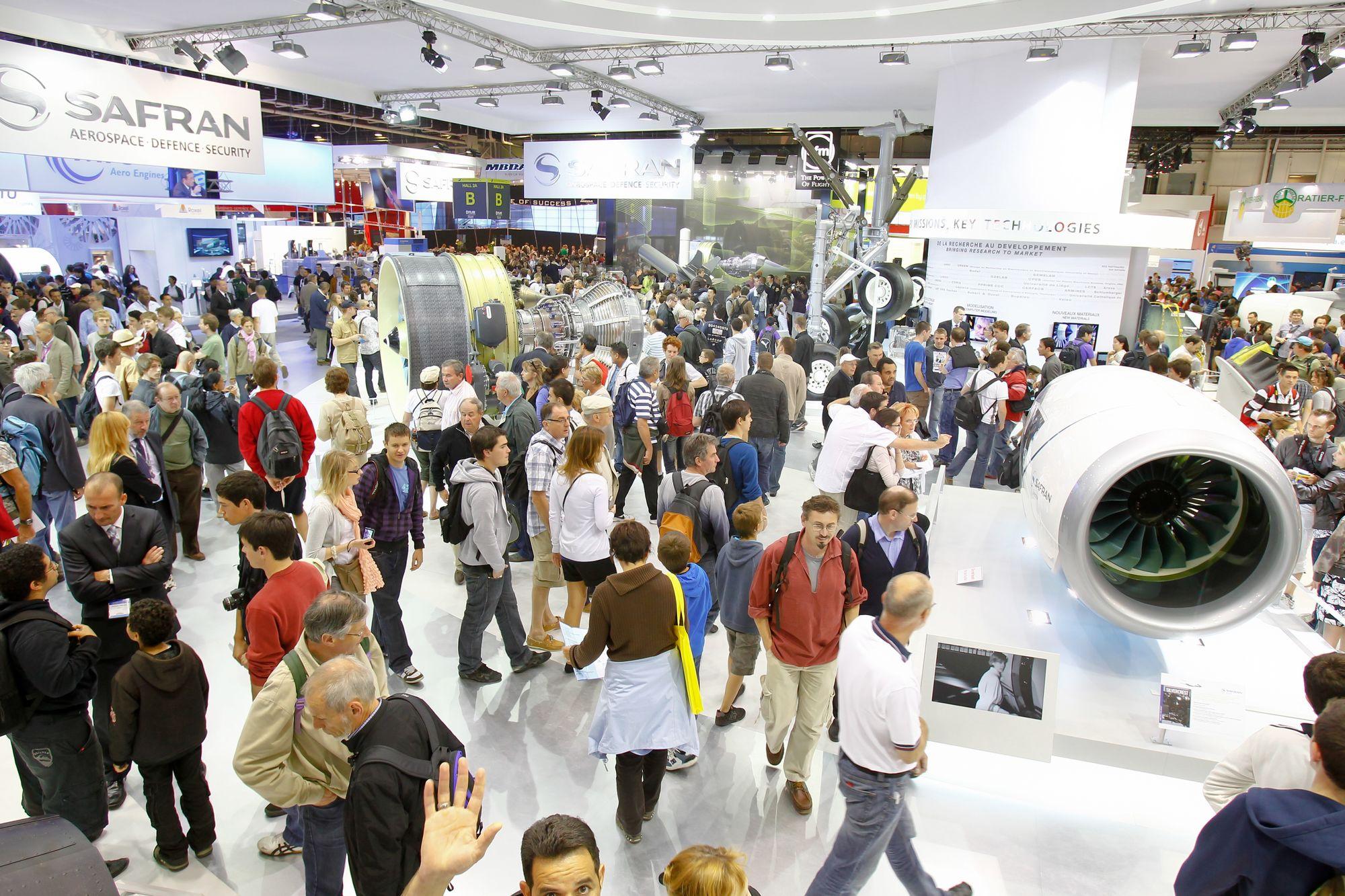 Rund 350 000 Besucher werden bis Sonntag zur Luftfahrtmesse in Le Bourget bei Paris erwartet.