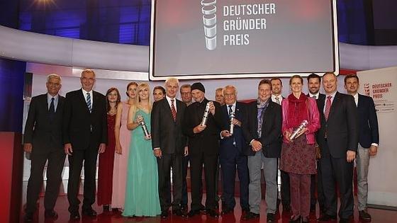Strahlend präsentierten sich die Gewinner des DeutschenGründerpreises am 25. Juni im ZDF-Hauptstadtstudio in Berlin.