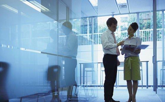 Für 67% der Arbeitnehmer ist es sehr wichtig, wenn sich der Chef um die Gesundheit seiner Mitarbeiter kümmert.