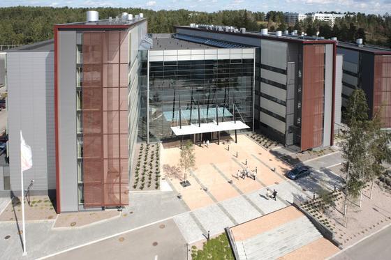 Siemens verkauft seine Anteile an der Netzwerktochter Nokia Siemens Networks an den Partner Nokia.