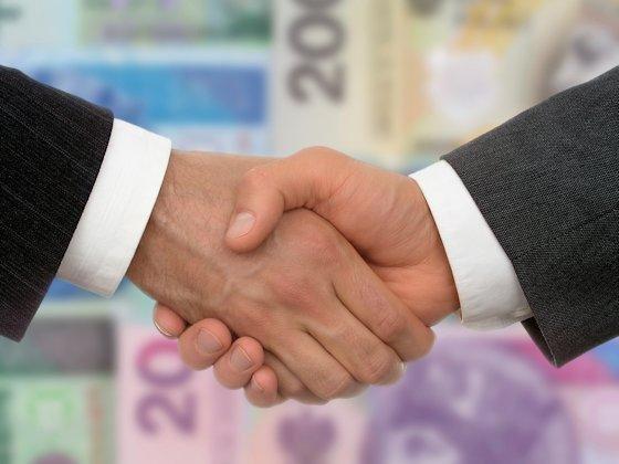 Fairer Interessenausgleich: Wenn PE-Fonds und Mittelständler einen Beteiligungsvertrag aushandeln, geht es nicht um eine einmalige Transaktion. Sie legen als Partner die Basis für eine mehrjährige Zusammenarbeit.