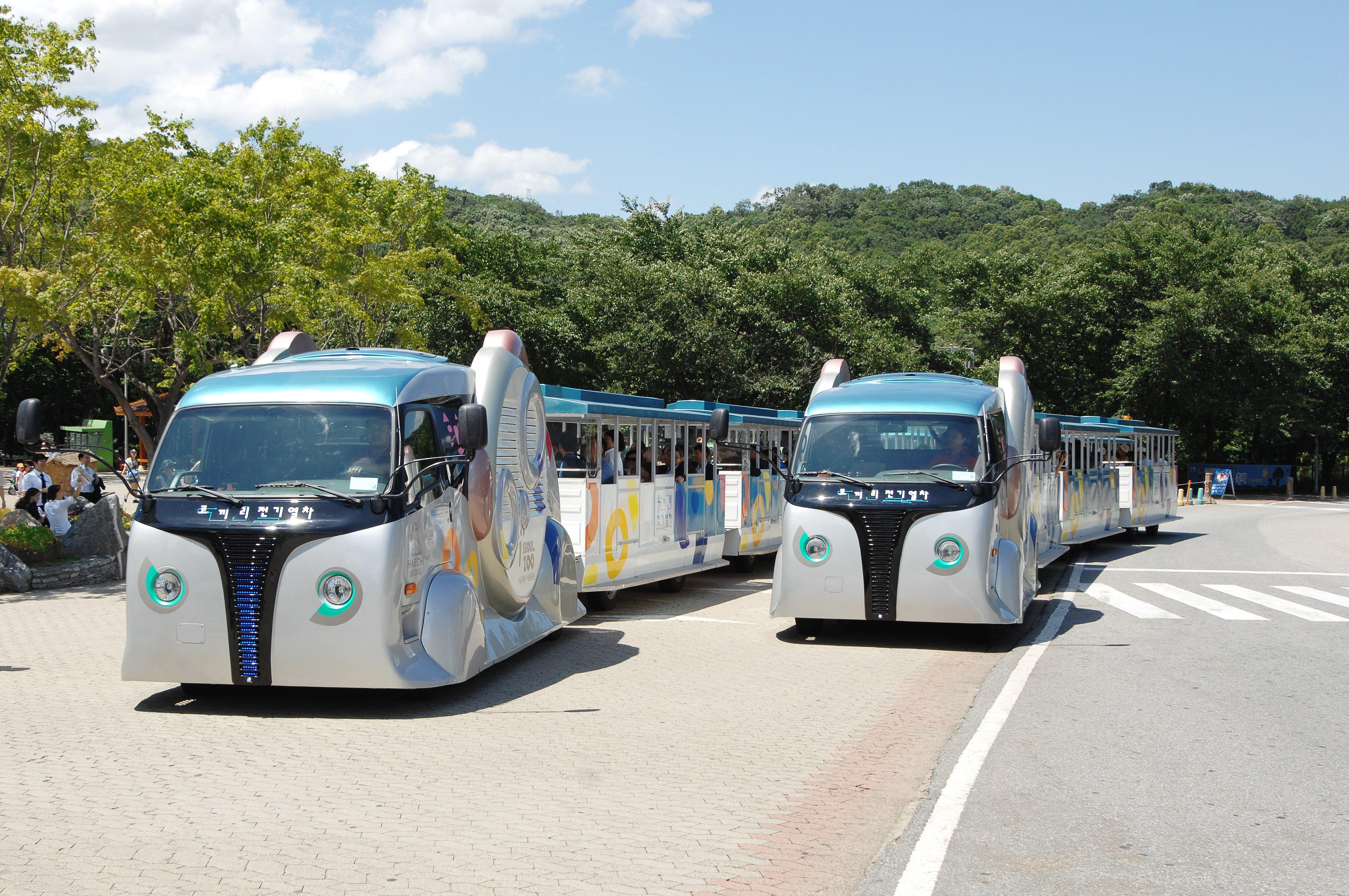 Der Zoo und Freizeitpark in Seoul nutzt bereits seit 2011 die Induktionstechnik, um die Gäste über das Gelände zu fahren.