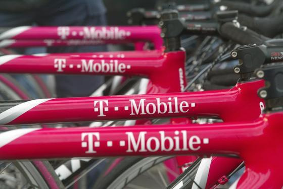 T-Mobile hat in den USA überraschend viele neue Kunden gewonnen. Der Netzausbau und größere Reichweite machen sich zunehmend bezahlt.