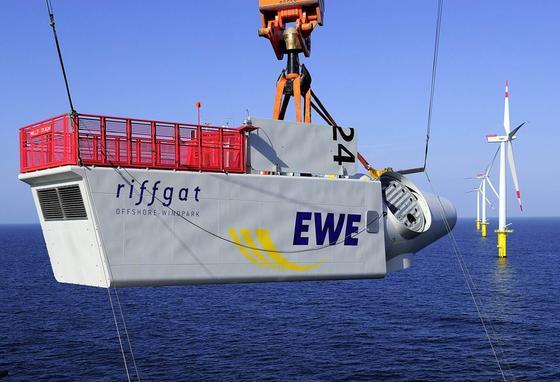 Mitte Juli wurde das letzte Windrad im Windpark Riffgat vor Borkum installiert und der Park am 10. August offiziell eingeweiht. Doch Strom produzieren kann Riffgat nicht: Es fehlt die Stromanbindung ans Festland.