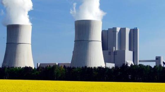 Das Kraftwerk Schwarze Pumpe in Brandenburg ist eine mit Braunkohle befeuerte Doppelblockanlage.