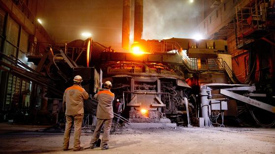 Stahl in der Krise: Überkapazitäten und Auftragsrückgänge schwächen europaweit die Branche.