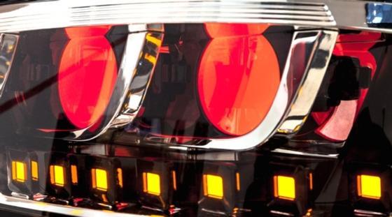 Bisher nur an Prototypen zu sehen: Osram-OLED-Panels als Rückleuchten und Blinker.