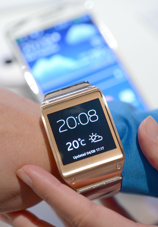 Weltneuheit auf der IFA: die Galaxy Gear von Samsung. Das Gerät ist eine Mischung aus Uhr und Smartphone fürs Handgelenk. Telefonieren kann man mit der Uhr auch.