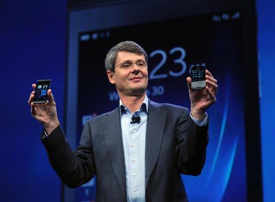 BlackBerry-Chef Thorsten Heins im Januar bei der Präsentation des Blackberry 10. Jetzt bietet der einstigeSmartphone-Pionier BlackBerry die gesamte Firma oder Teile des Konzerns zum Verkauf an.