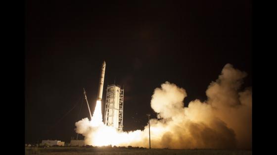Der Start der Sonde: Ladee ist auf dem Weg zum Mond.