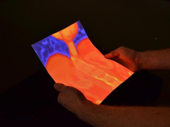Mit dem Flexpad des Max-Planck-Instituts für Informatik in Saarbrücken lassen sich unter anderem Aufnahmen aus der Computertomografie besser begutachten, weil mit Bewegungen eines Papiers verschiedene Bilder auf das Material gerufen werden.