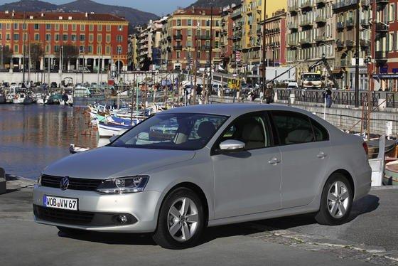 Volkswagen will für den chinesischen Markt ein Billigauto von der Größe eines Jetta zum Preis von maximal 8000 Euro auf den Markt bringen. Das bestätigte VW-Vorstand Hans Demant auf der Frankfurter IAA.