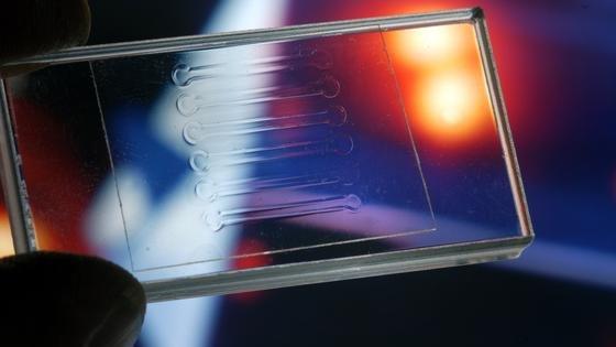 Ein neues Prüfverfahren bringt das Laserschweißen von Kunststoffen zur exakten Wissenschaft.