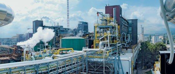 Kohlevergasungsanlage im tschechischen Vresová: Das dort erzeugte Synthesegas lässt sich zur Produktion von Treibstoffen und Chemikalien ebenso einsetzen wie für Kraftwerke. China will in den nächsten Jahren fast 40 Kohlevergasungsanlagen bauen und damit den CO2-Ausstoß massiv erhöhen, fürchten US-Forscher.