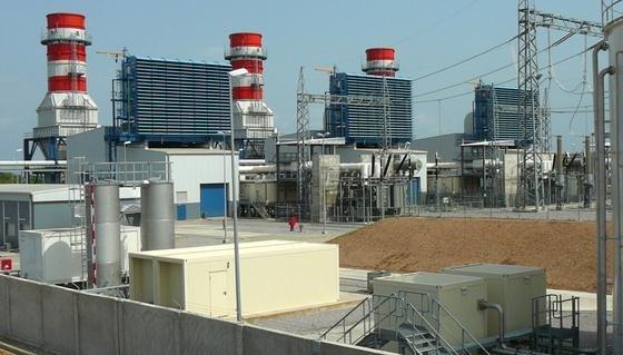 Siemens selbst baut Gaskraftwerke – wie dieses, das im vergangenen Juni in Nigeria eröffnet wurde.