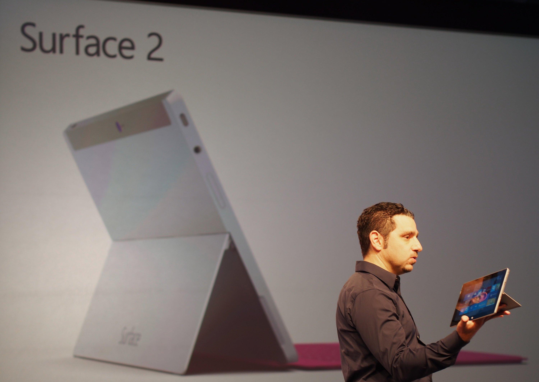 Microsoft beginnt heute mit dem Verkauf seines neuen Tablets Surface 2. Doch der Verkauf steht nicht nur wegen der Konkurrenz von Nokia, Apple und Samsung unter keinem guten Stern. Microsoft hat große Probleme mit seinem Betriebssystem.