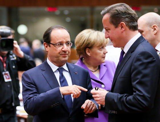 Die Regierungschefs haben Angela Merkel und Francois Hollande beim heutigen EU-Gipfel in Brüssel beauftragt, den Abhörskandal zu klären. Im Dezember sollen sie Bericht erstatten.
