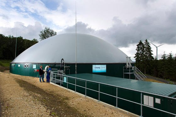 Biogasanlage des RWE in Ütteld in der Eifel:Die Anzahl der Biogasanlagen in Deutschland ist in den vergangenen Jahren auf 8000 gestiegen. Das neue Forschungsprojekt soll jetzt ihre Effizienz erhöhen.