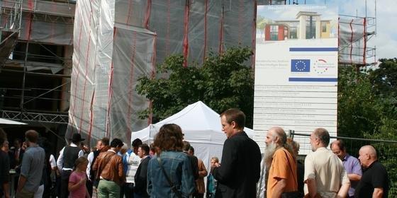Das NZNB wird nach seiner Fertigstellung im Jahr 2014 das höchste mehrstöckige Strohballengebäude Europas sein.