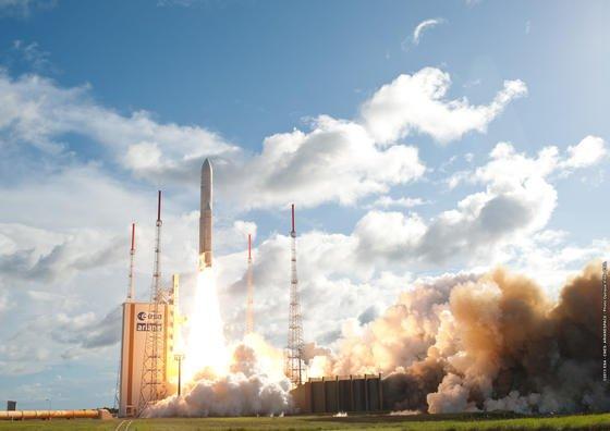 Start einer Ariane-Rakete der ESA in Kourou in Französisch-Guayana: Jetzt will Großbritannien bis 2018 einen Startplatz voraussichtlich in Schottland bauen.