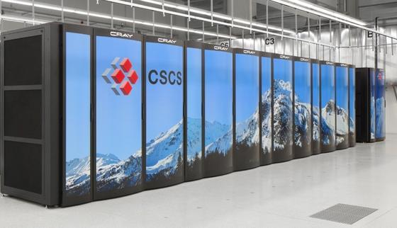 """Europas aktuell schnellster Supercomputer in Europa ist der Rechner """"Piz Daint"""". Er steht in Lugano im Nationalen Hochleistungsrechenzentrum der SchweizCSCS und berechnet dort das Wetter. In der Weltrangliste der Supercomputer reichte seine Leistung – 6,27 Petaflops – für den sechsten Platz."""