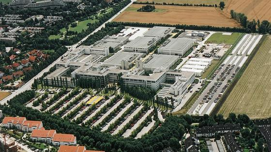 Das Werk der EADS-Rüstungstochter Cassidian in Unterschleißheim bei München wird möglicherweise geschlossen. Hier arbeiten bis zu 1400 Menschen.