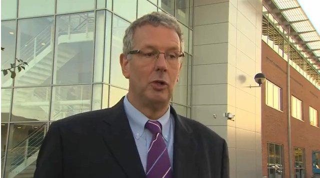 Paul Cowling verkündet das Aus für den geplanten Offshore-Windpark
