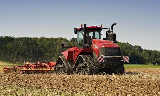 Der Heilbronner Maschinenbauer Case hat mit dem Quadtrac 620 den stärksten Traktor der Welt vorgestellt. Markenzeichen des XXL-Traktors sind die vier Raupenlaufwerke, die das hohe Gewicht von 25 Tonnen auf 5,6 Quadratmetern Fläche verteilen.