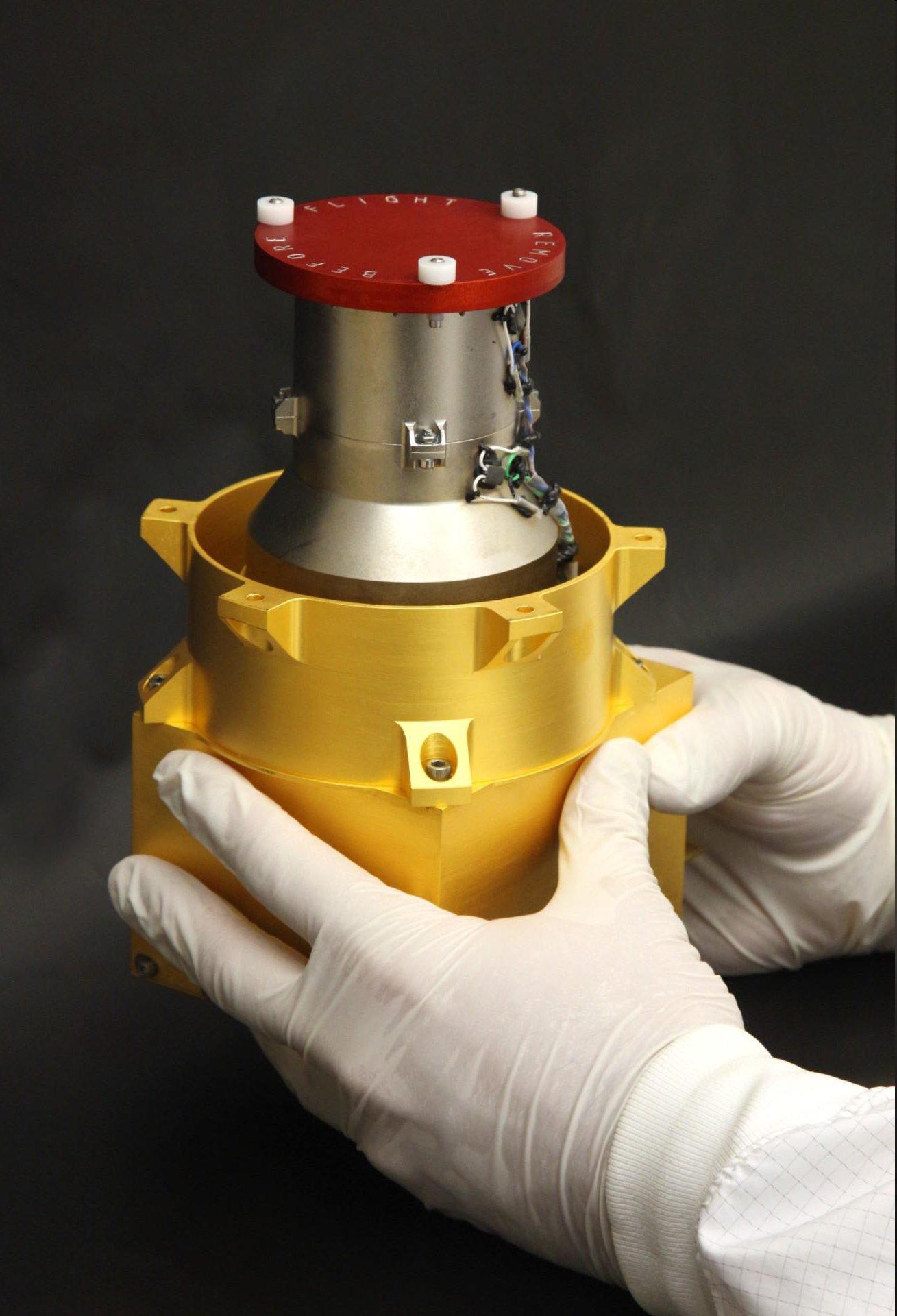 """Der Radiation Assessment Detector (RAD) der Uni Kiel vor dem Einbau in den Rover """"Curiosity""""."""