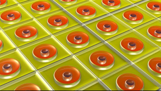 Schematische Darstellung der Struktur der aktiven Schicht der Polymer-Solarzelle. Die orangen Bereiche repräsentieren die aktiven Domänen, an denen Licht in Ladungsträger umgewandelt wird.