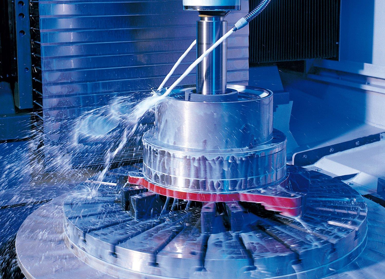 Die Koenig & Bauer AG will sich im veränderten Druckmaschinenmarkt neu ausrichten. Das Kerngeschäft soll saniert und Spezialmärkte ausgebaut werden. 2016 will die KBA wieder profitabel arbeiten.