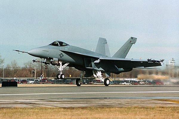 Galt lange Zeit als Favorit:Boeings Kampfflieger Super HornetF/A-18.