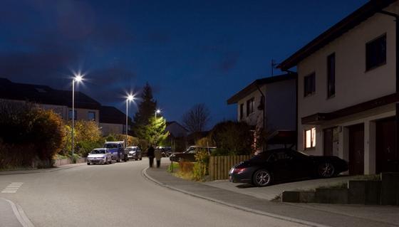 Noch nicht smart, aber mit LED ausgerüstet, ist diese Straßenbeleuchtung.