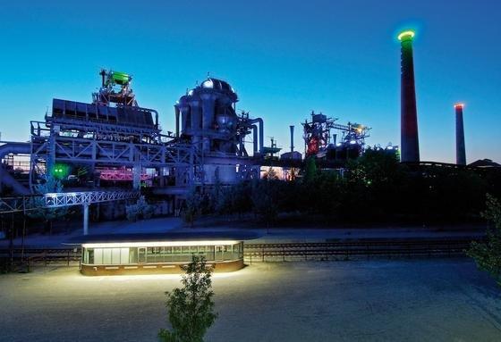 Die Wärme in der Erde des Ruhrgebietes könnte als Energiequelle für Warmwasser genutzt werden, wie hier unter dem früheren Stahlwerk in Duisburg.