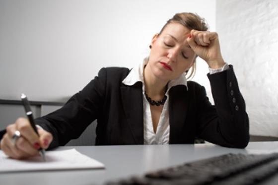 """Stress am Arbeitsplatz macht krank. Das zeigt auch der """"Stressreport 2012""""."""