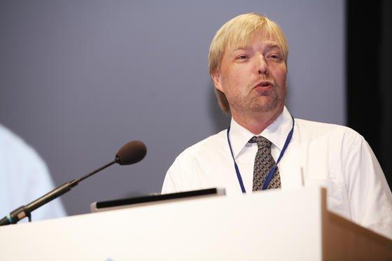 EU-Umweltexperte Björn Hansen sieht für Unternehmen Vorteile, wenn sie mit Reach-zertifizierten Stoffen arbeiten. Denn die Verbraucher würden zunehmend darauf achten, dass Produkte keine Schadstoffe enthalten.