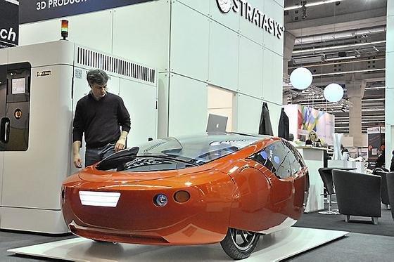 Der Urbee ist das erste Auto mit Hybrid-Antrieb, dessen Karosserie durch einen 3D-Drucker hergestellt wird.