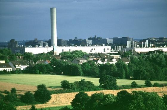Dem Opel-Werk in Bochum droht ein vorzeitiges Aus. Schon zum 1. Januar 2015 könnten die Bänder dort endgültig stillstehen.