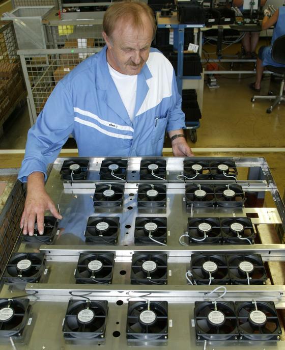 ebm produziert Lüfter, die in der Computerindustrie eingesetzt werden.