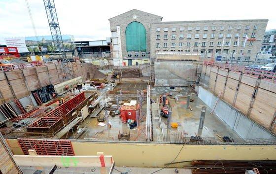 Große Bauvorhaben wie Stuttgart 21 scheinen sich häufig zu verzögern. Aber ist das tatsächlich so?
