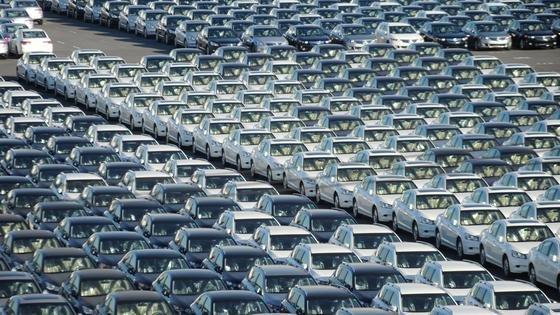 Greift die Armutsbekämpfung, steigt auch die Nachfrage nach neuen Autos.