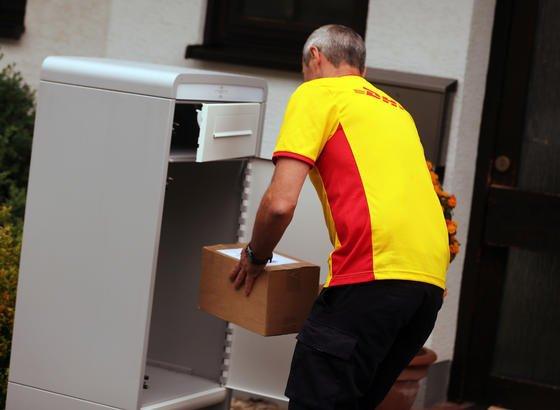 UPS Hermes & Co führen Paketboxen für zu Hause ein