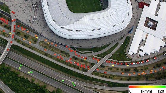 Das VABENE++ Kamerasystem kann die Geschwindigkeit von Fahrzeugen erfassen.