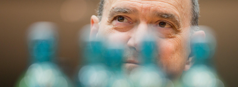 Ex-NSA-Mitarbeiter William Binnen als Zeuge im NSA-Untersuchungsausschuss des Bundestags.