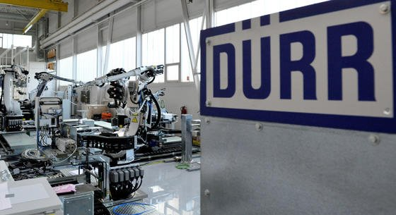 Sparsame Produktionsanlagen sollten staatlich gefördert werden, fordert der Unternehmer Heinz Dürr,früherer Vorstandschef von Deutscher Bahn und AEG, Vorstand des Autobauers Daimler und Gründer des Lackieranlagenherstellers Dürr.