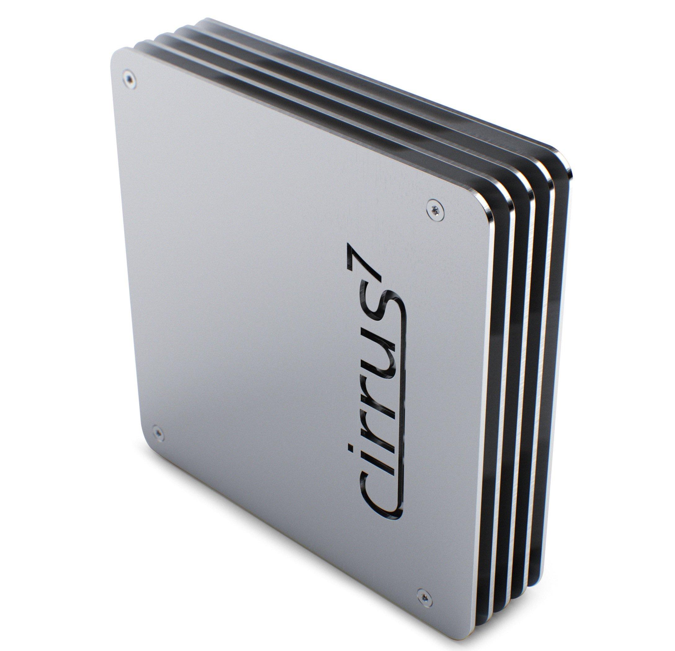 """So können Computer auch aussehen: Der""""cirrus7 nimbus"""" ist ein passiv gekühlter Mini-PC des deutschen Herstellers cirrus7 computing und dabei besonders schön gestaltet. Er besitzt weder Lüfter noch andere bewegliche Teile und ist im Betrieb völlig lautlos. Er besteht aus verschiedenen Schichten lasergeschnittenen Aluminiums. Das Gehäuse dienst zugleich als Kühlkörper, das die Abwärme moderner Multi-Core-CPUs effektiv abführt."""