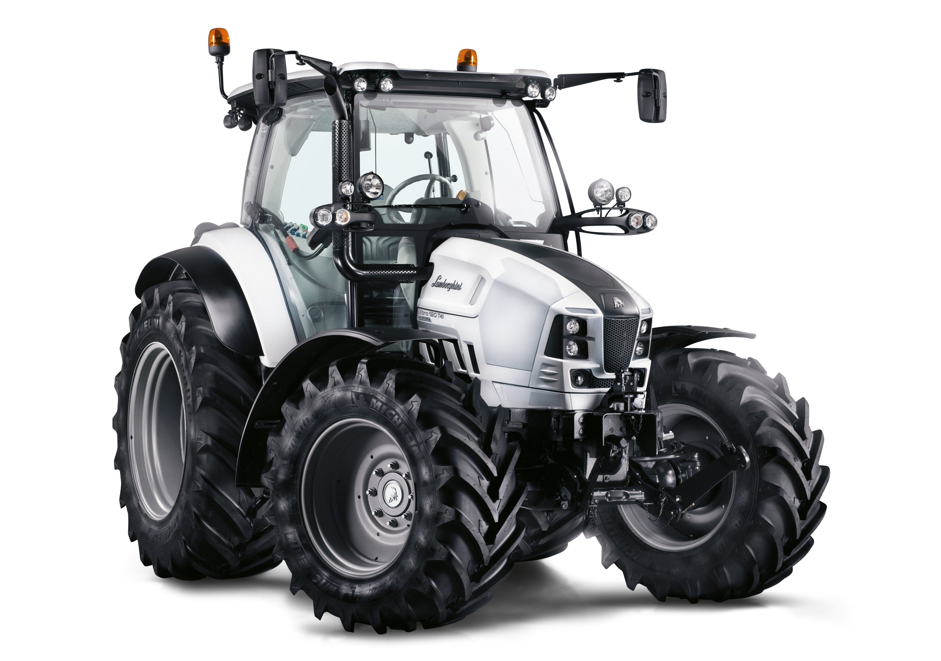 Auch Traktoren können beim Red Dot Award abräumen: Die markante Gestaltung des Traktors Lamborghini Nitro begeisterte die Jury.