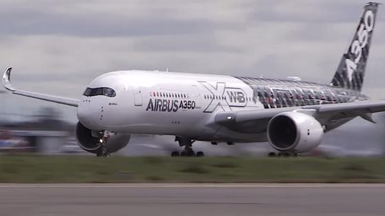 Zum ersten Mal stieg das Airbus-Testflugzeug MS5N mit Kabinenbauteilen aus dem 3D-Drucker in die Luft. Bereits 2016 will Airbus die Technik in der Serienproduktion einsetzen.
