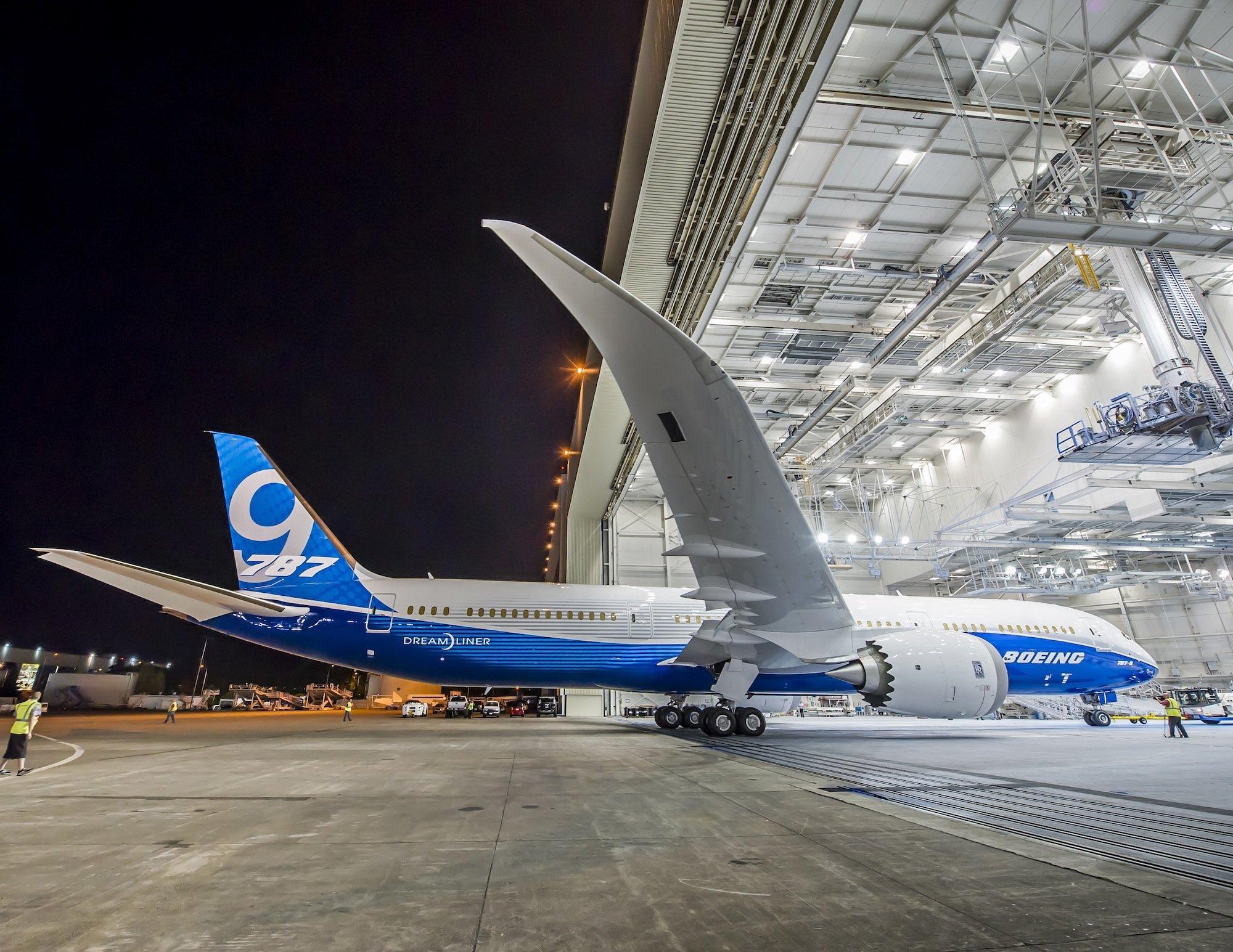 Der US-Konzern Boeing zeigt in Farnborough den Dreamliner.