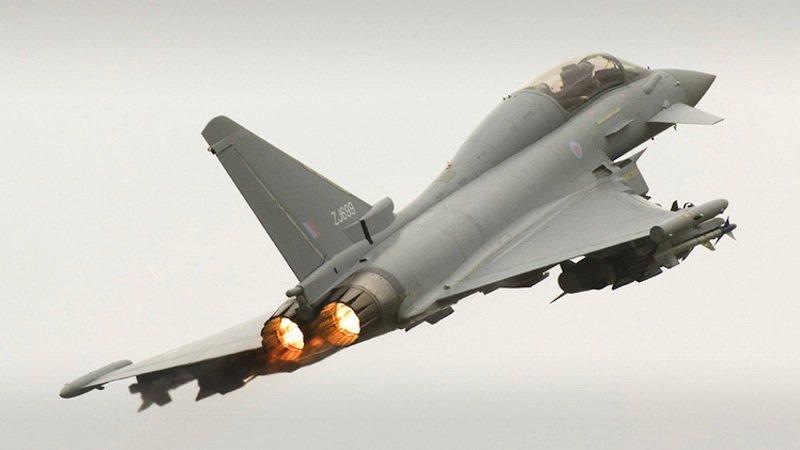 BAE Systems hat bei der Entwicklung des Eurofighters Typhoon mitgeholfen. Das Mehrzweckflugzeug ist seit 2003 in Serienproduktion.